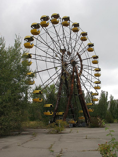 Noria en parque público de Pripyat
